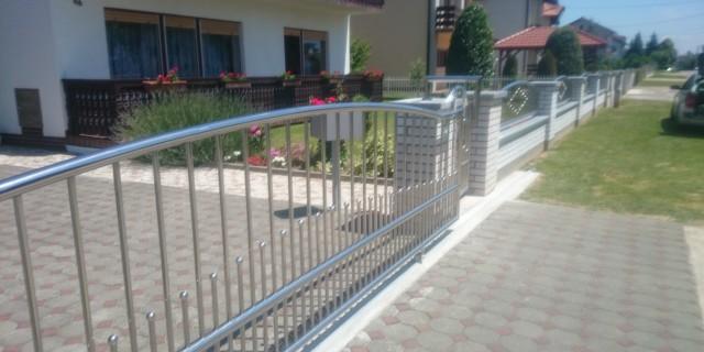 Dvorišne i panelne ograde