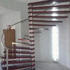 Ekscentrične kružne stepenice i LED rasvjeta
